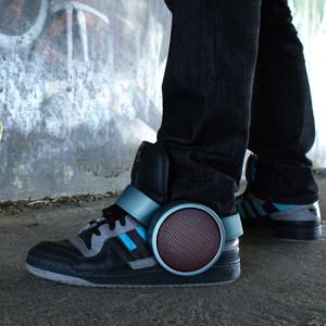 sneaker-speaker