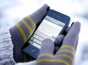 texting-in-gloves